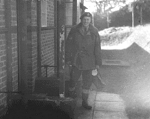 Leaving the billet for an evening shift. Note the wellingtons, mug, toolbag and padded jacket.